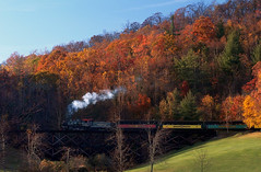 Tweetsie - Steam Locomotion (Lonnie Crotts) Tags: railroad mountains train fallcolor fallcolors northcarolina railway olympus blueridgemountains blueridgeparkway blowingrock locamotive e510 tweetsie rurallandscape zuiko1454mm steamlocamotive northcarolinablueridgeparkway