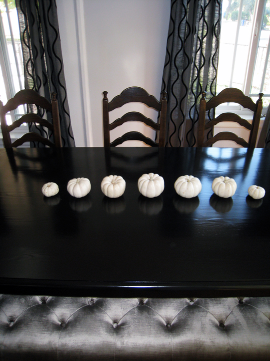 dining room table+white pumpkins for thanksgiving+bench+old chairs