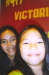 Gaby&Me2 (elizemilia) Tags: mamapapa stepdaughter puteri daugther stepmother papamama motheranddaugther ibudananak gabypondaag elizsoedjiarto suamiisteri papadananak mamadananak