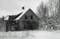 Cold and deserted (KarenR-TB) Tags: winter blackandwhite bw house snow ontario abandoned vacant deserted thunderbay hazelwood