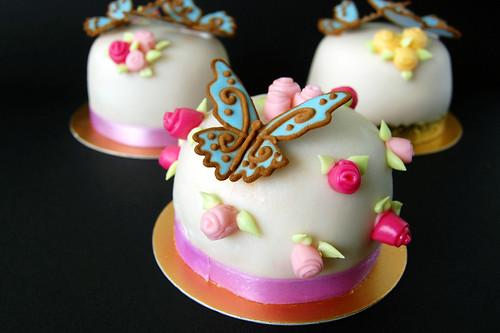 Miniature Sugar Paste Cakes