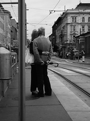 Picture in a frame (_My Hero Is Gone_) Tags: vienna wien bw love amazing couple noiretblanc song gorgeous awesome picture samsung tram pearljam older coppia anziani loveisallyouneed allyouneedislove bwemotions 10faves guesswherewien d250 aplusphoto pictureinaframe