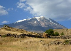 Mount Ararat in Eastern Turkey (5137m) (Frans.Sellies) Tags: mountain turkey trkiye turkiye turquie trkei turkije turquia turkish masis ararat turchia turkei  ar   da kuhe   arda        p1260674