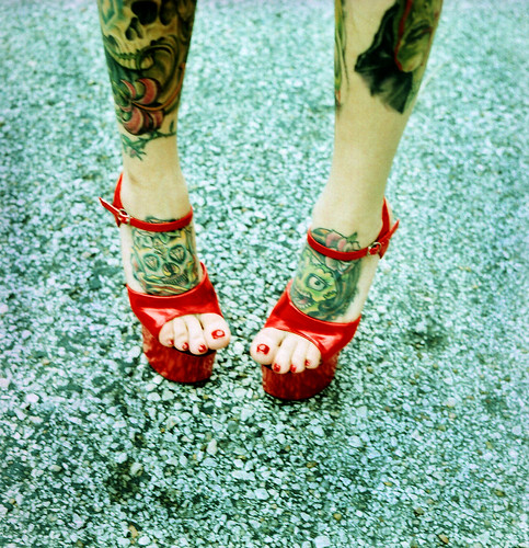 red shoes / Laura Burlton