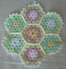 Virkad grytlapp! (TM - the crocheteer!) Tags: pink blue white green yellow aqua turquoise pastel crochet craft tm lightblue iceblue potholder vitt croche vit hkeln virka virkkaus virkat hekling towemy uncinetto pistachiogreen virkad grytlapp tmcrocheteer