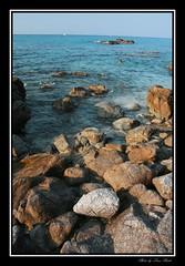 Alba a Grotticelle - Dawn in Grotticelle (Luca Pardo) Tags: sea panorama beach canon dawn seaside mare alba calabria spiaggia tropea eos400d naturewatcher