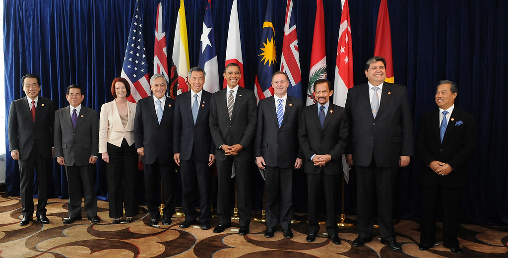 Leaders of TPP member states and prospective member states on the sidelines of the APEC summit in Yokohama, Japan, 11 November 2010. Photo credit: Gobierno de Chile