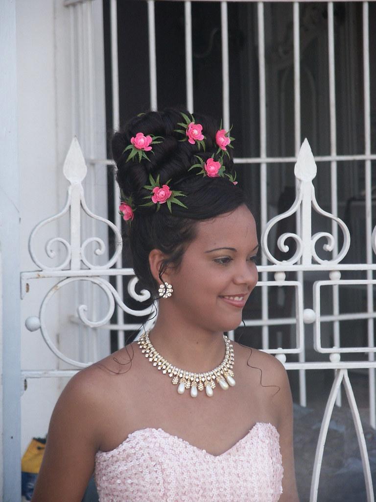 La cubana es la reina del Eden.....(fotos de bellezas en Cuba) 1438522216_59e65484eb_b