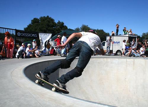 grind skateboarding: