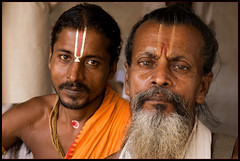 Jay Ram (Elishams) Tags: city portrait india man indian traditional religion culture holy devotion varanasi hindu hinduism sadhu inde benares northindia uttarpradesh ramnagar  hindou ramlila indedunord indou mywinners abigfave
