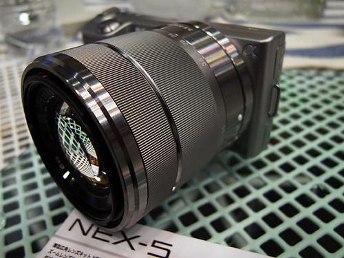 NEX-5 E 18-55mm F3.5-5.6 OSS