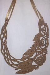 Flores (VicheMaria) Tags: necklace inverno colar colares colarartesanal