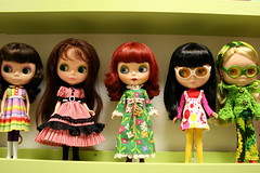 5 girls in center (Helena / Funny Bunny) Tags: doll group kenner blythe bubblegum 1972 jellybean sbl lounginglovely ebl rbl kennerblythe forestmeadow funnybunny fancypansy ingridhoney blythedressingroom iloveyouitistrue petuniakibbles gentleriver reebert ateliermatin