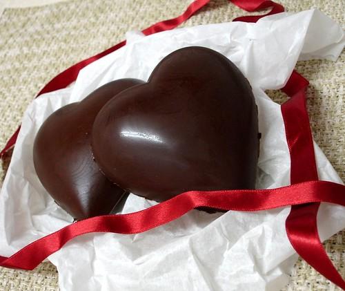 Chocolate heart filled with beijinho