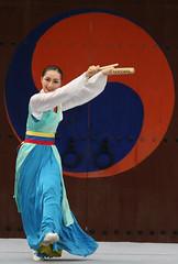 small Korean drum dance (Derekwin) Tags: color dance korea derek korean winchester hwaseong suwon hwaseonghaegung derekwin southkoreakorean derekwinchester