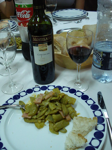 Judías Verdes Rehogadas con Jamón, or Green Beans with Ham, photo by Wendy A F G Stengel, some rights reserved