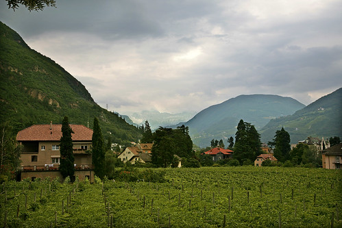 Bolzano - few to the mountains