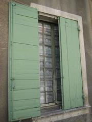 IMG_3772 (dk-2920) Tags: windows shutters vinduer grnt nyons skodder