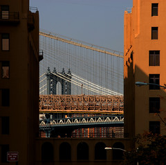 Brooklyn and Manhattan Bridge (Dreamer7112) Tags: nyc newyorkcity ny newyork 20d brooklyn berkeley canon20d canoneos20d explore brooklynbridge manhattanbridge iny eos20d novaiorque 10faves colorphotoaward news21