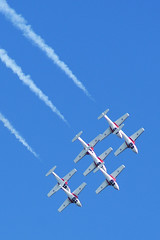 Canadian Snowbirds (Forest Wang) Tags: sky ontario canada june expo aviation kitchener 200iso airshow waterloo planes snowbirds 2010 f63 breslau kitchenerwaterloo 210mm canadiansnowbirds june2010 419pm 11000secatf63 sonydslra230 mygearandmepremium mygearandmebronze mygearandmesilver fathersday2010