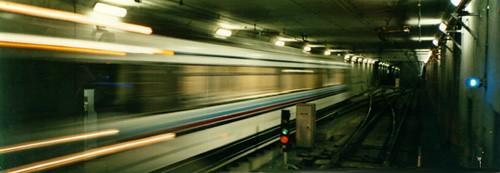 metro_swoosh