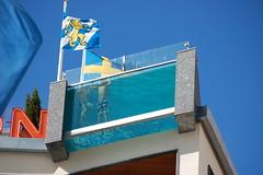 Swimming pool 2 (explore) (Rudi Pauwels) Tags: swimming göteborg hotel gothenburg swimmingpool avalonhotel summer2007 nikond40 kungsportplatsen iconosdetoto