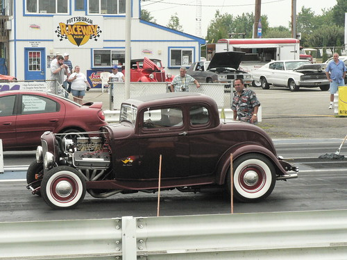 Hot Rod at the Drags