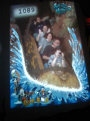 The gang on Splash Mountain (Loren Javier) Tags: california me disneyland disney anaheim splashmountain crittercountry songofthesouth disneylandresort lindacarter josephpowers doncarter lorenjavier chrissypowers