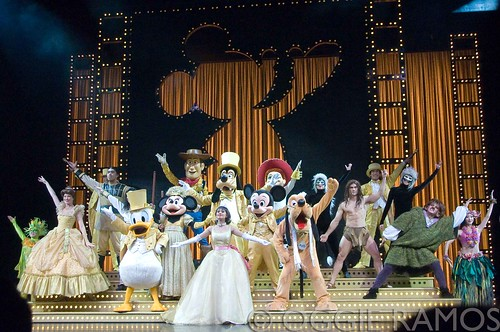 HK Disneyland - Golden Mickey's Ensemble