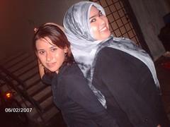 426485870l (jilbablover) Tags: friend hijab jilbab