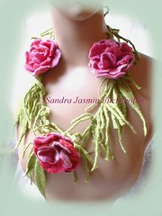 Frl. Rosenzuckr Collier, Necklace (Sandra Jasmin) Tags: art felted design krone beads kunst blumen felt textile crown glas schmuck headband perlen blten jewellry diadem feutrine handgemacht kopfschmuck feutre glasperlen handgefertigt gefilzt handgefilzt filzkunst filzblume filzblte textilekunst perlenschmuck stirnschmuck