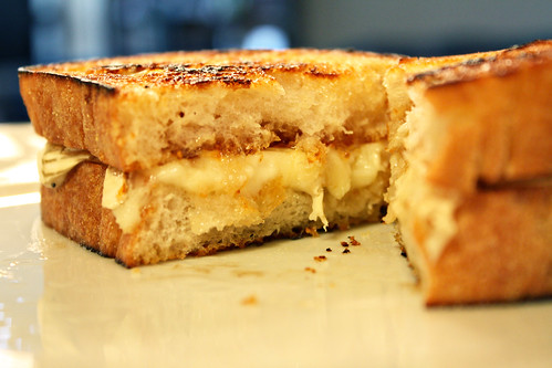 Brie Fig Grilled Cheese edited(49)