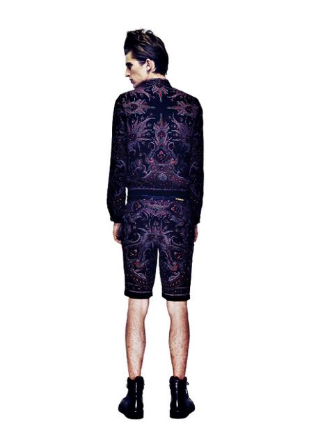 SS11_Tokyo_GalaabenD021_Gabriel Gronvik(Fashionsnap)