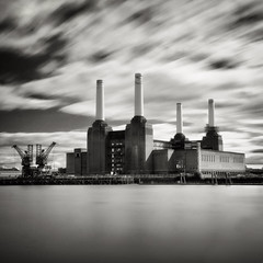 Battersea Power Station (stevoriley) Tags: longexposure blackandwhite bw london water clouds 110 monotone nd batterseapowerstation neutraldensity nd110 bestofbw
