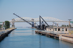 Arm Up (cmu chem prof) Tags: michigan upperpeninsula saultstemarie soolocks