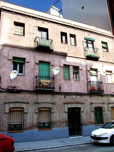 Vieja casa en prosperidad  (2007)