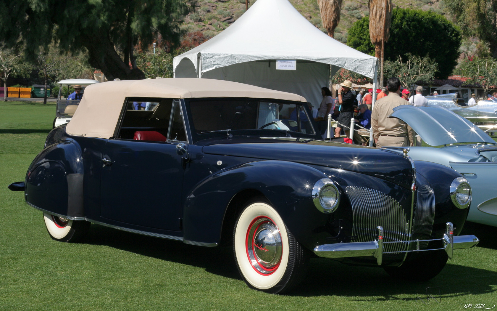 1940 lincoln zephyr continental cabriolet images pictures and videos. Black Bedroom Furniture Sets. Home Design Ideas