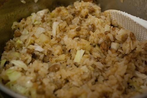 高麗菜肉末飯