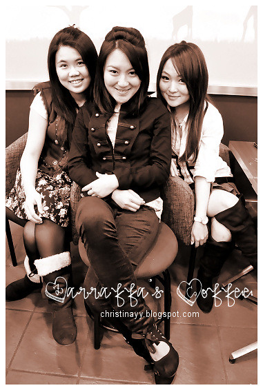 Zarraffa's Coffee: Girls Groupie 2