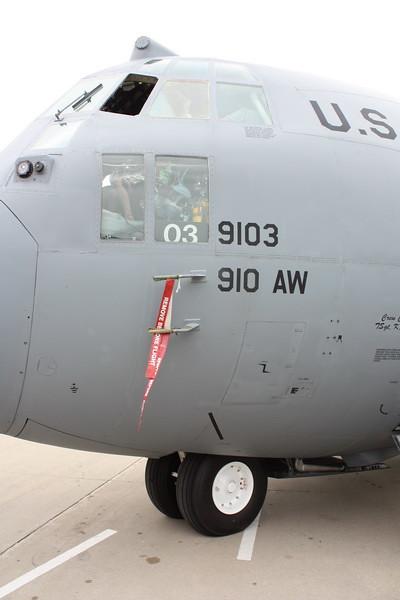 EAA10_C-130H_04