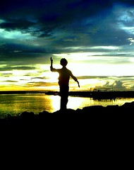 Goodbye my lover statue (~Haani~) Tags: sunset sea sky color me statue clouds dawn rocks human goodbye lover maldives vivd selftimer dhoni haani aplusphoto felidhoo