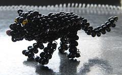 Pantera. (naiarais) Tags: animal handmade artesania pantera manualidades abalorios hechoamano bolitas animalessalvajes hechopornaiara animalesdebolitas