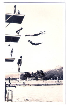 High flyers launch themselves from the dive tower at the Waikiki War Memorial Natatorium. Click the image to see a slideshow. Photo courtesy of the Hawaii State Archives.