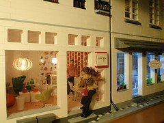Polly Line visits the design shop Spook House (pubdoll) Tags: facade design arnejacobsen lego 116 dollhouse swanchair lundby sevenchair ballclock lipsofa 34scale modernminiature