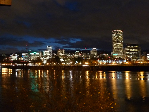 Image of Portland at night