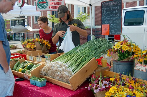restaurants and caterers that sell locally grown food products.
