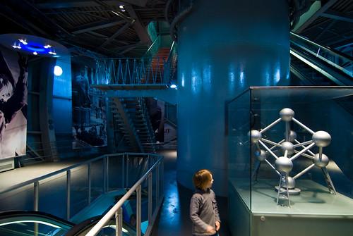 In een bol van het Atomium
