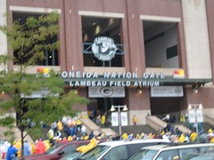 Oneida Entrance (rob_thomas) Tags: football packers greenbay lambeau