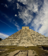 Chichen Itza 4 (-william) Tags: mexico cool perfect pyramid maya yucatan panoramas chichenitza mayan uncool elcastillo cool2 cool5 cool4 d700 20mm35 uncool2 uncool3 uncool4 uncool5 uncool6 uncool7 cool3forrebecca