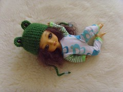 Froggy  (pajama s-o-l-d) (Mitilene - Dolls are good!) Tags: yellow set outfit tshirt frog clothes chan fm froggy fa adoption pajama pijama fee mui puki romper lati leggins pukifee